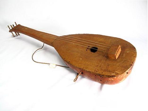 Alat Musik Tradisional yang Dipetik Leko Boko