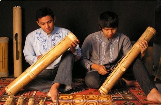 Alat Musik Tradisional Banten Pantun Bambu