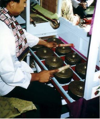 Alat Musik Tradisional Betawi Kemong