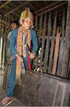 Alat Musik Tradisional Kalimantan Barat Kangkuang