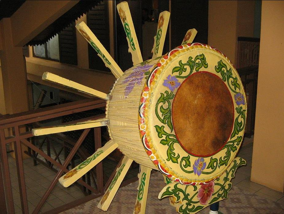Alat Musik Tradisional Kepulauan Riau Rebana Ubi