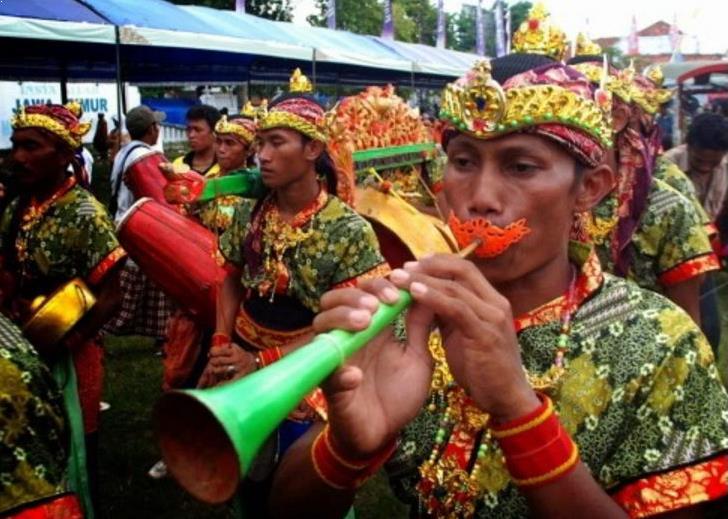 Alat Musik Tradisional Madura Saronen