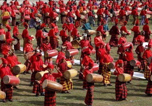 Alat Musik Tradisional Makassar Tunrung Pakkanjara