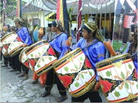Alat Musik Tradisional Padang Tambua