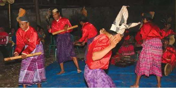 Alat Musik Tradisional Sulawesi Selatan Gendang Bulo