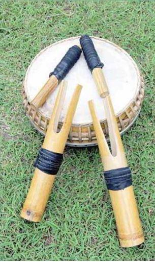 Alat Musik Tradisional Sulawesi Utara Sasesahang
