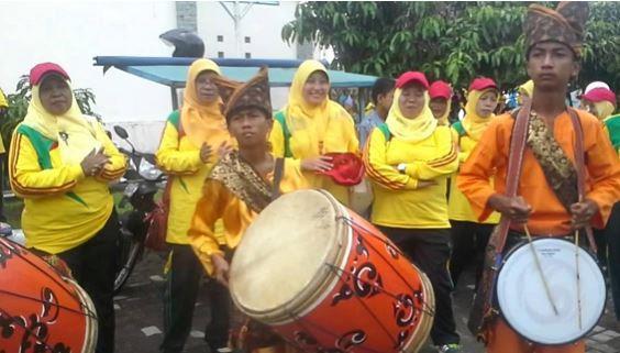 Alat Musik Tradisional Sumatera Barat Tambua