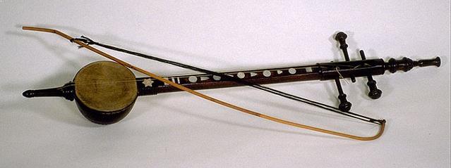 Alat Musik Tradisional yang Digesek Rebab
