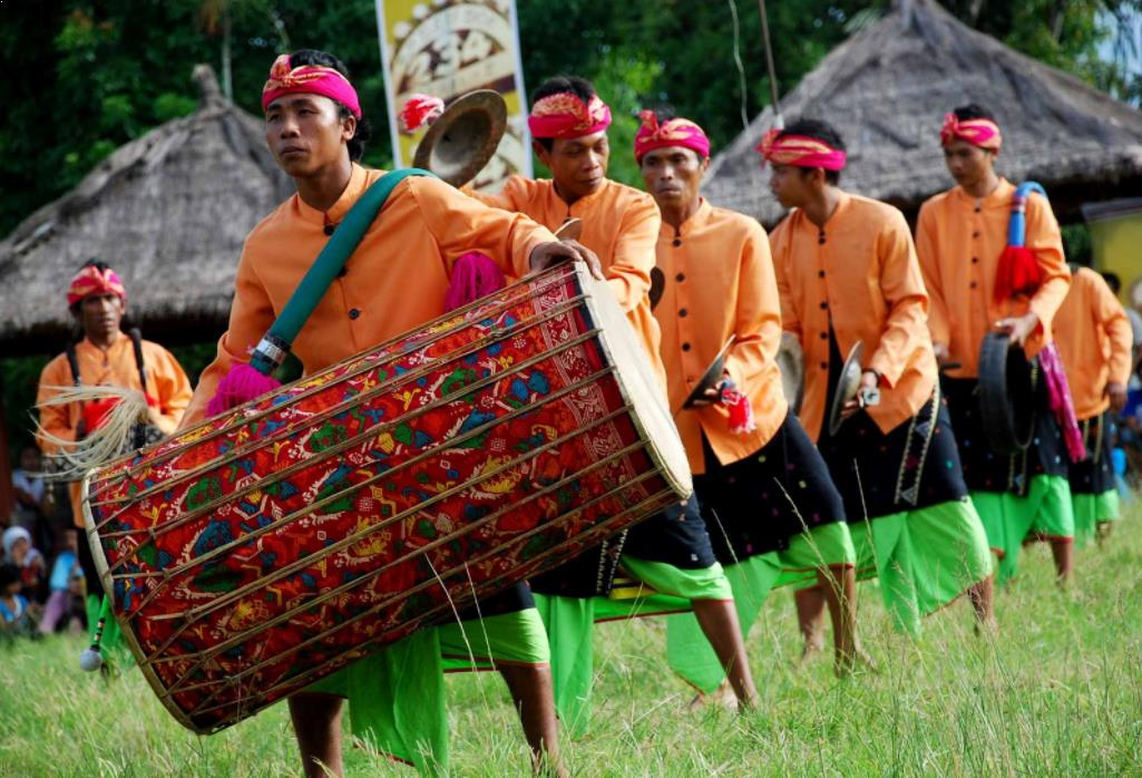 Alat Musik Tradisional Indonesia Nusa Tenggara