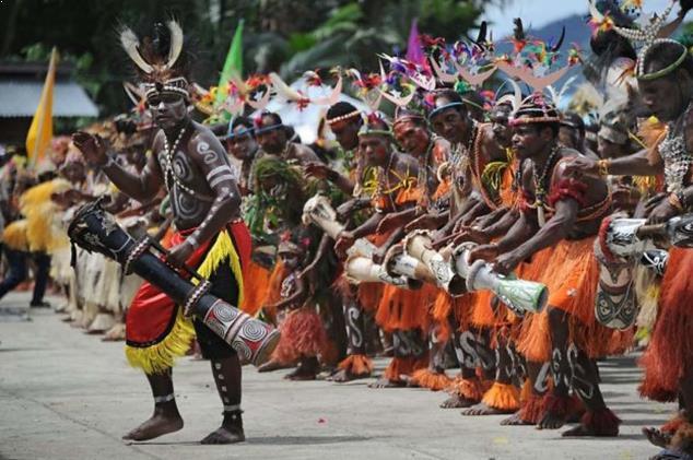 Alat Musik Tradisional Indonesia Papua