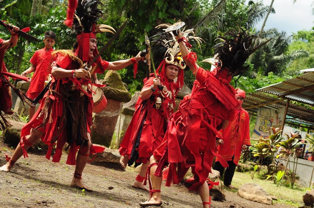 Alat Musik Tradisional Indonesia Sulawesi