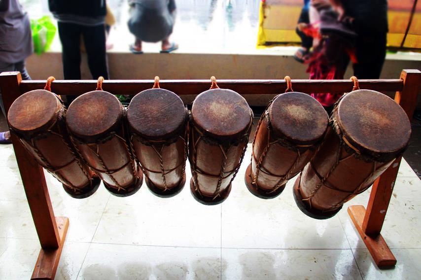 Alat Musik Tradisional dari Sulawesi Utara Gonrang