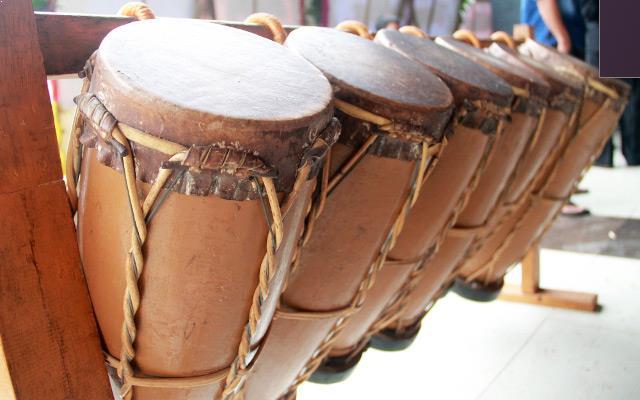 Alat Musik Tradisional dari Sulawesi Utara Taganing