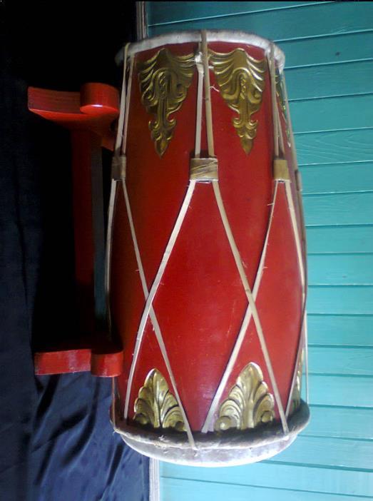 Alat Musik Tradisional yang Dipukul Babun