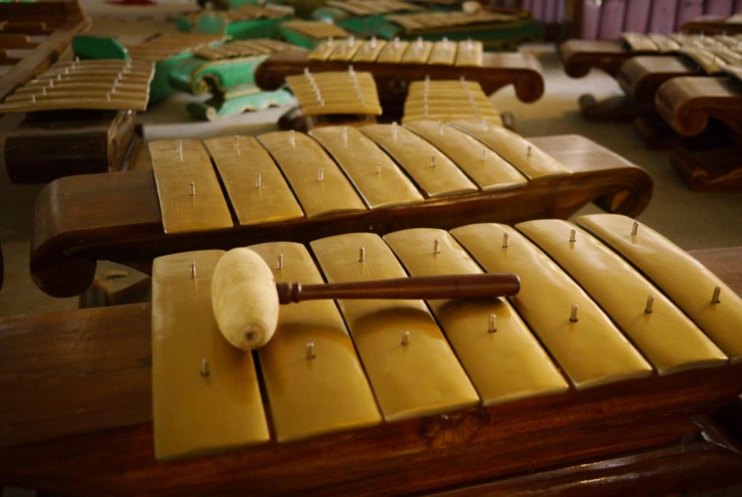 Alat Musik Tradisional yang Dipukul Demung