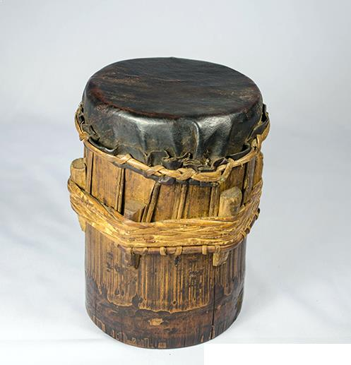 Alat Musik Tradisional yang Dipukul Kalampat