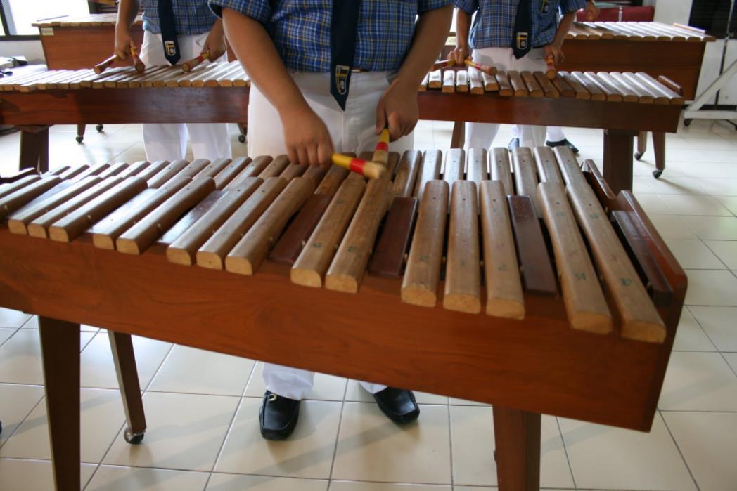 Alat Musik Tradisional yang Dipukul Kolintang