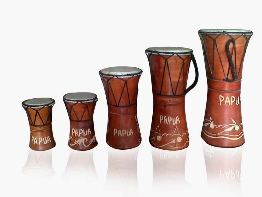 Alat Musik Tradisional yang Dipukul Tifa