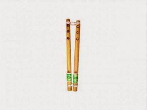 Alat Musik Tradisional yang ditiup Foy Doa